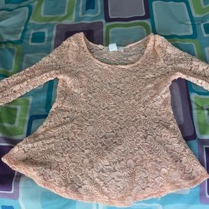 Laced long sleeved shirt